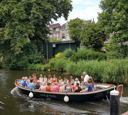 Rondvaart Leiden met luxe lunch aan boord
